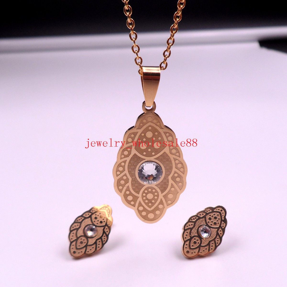 Women gold stainless steel cute design necklace pendant u earring