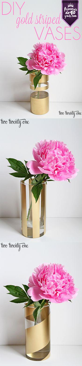Esta idea para un bonito florero está perfecta. Puedo cambiar el diseño cada vez que quiera y parece que he comprado uno nuevo para cada ocasión. #DIY #Floreros #Innovando #PrincesasDe40