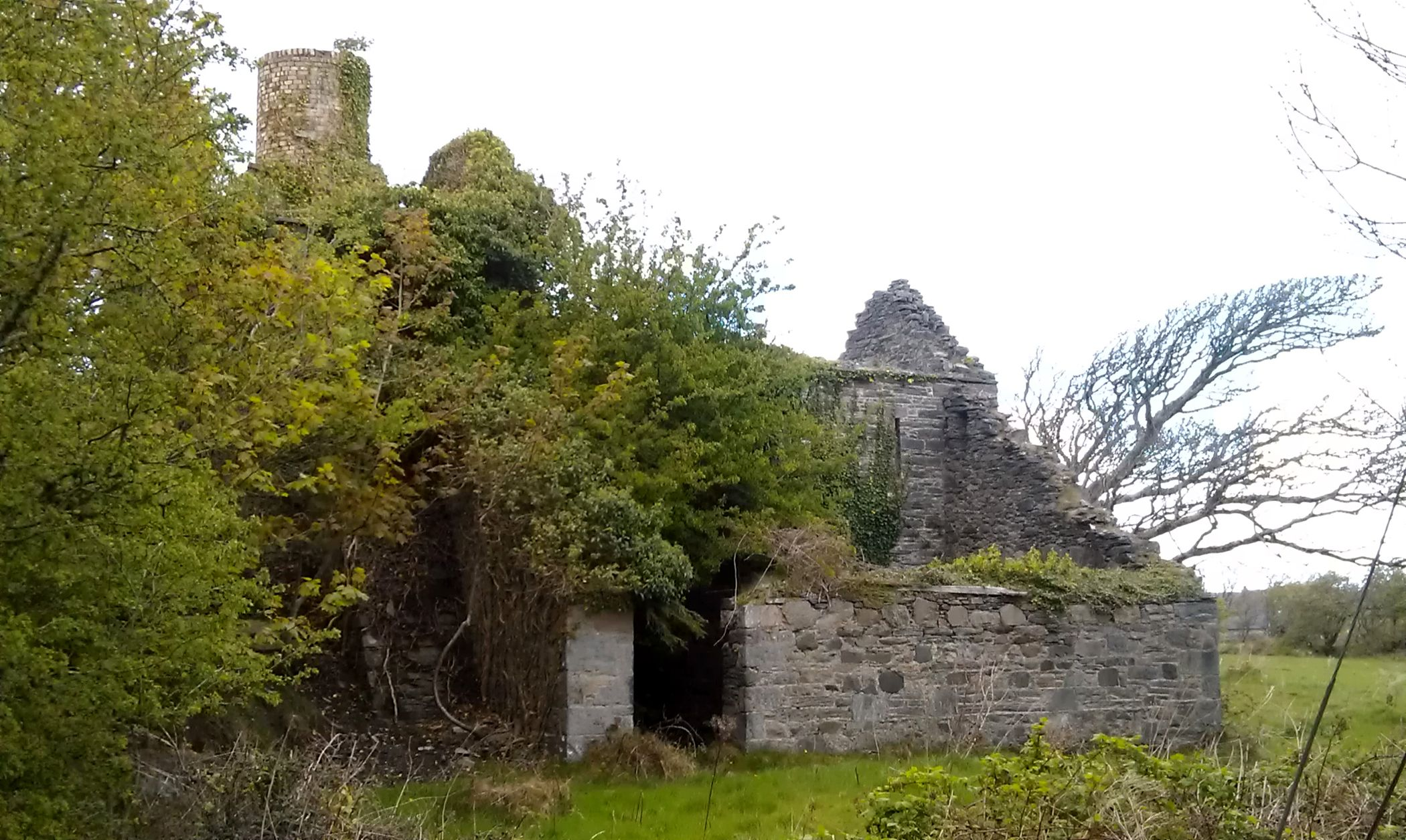 Ruins of the home of Lord Leitrim, cruel landlord murdered