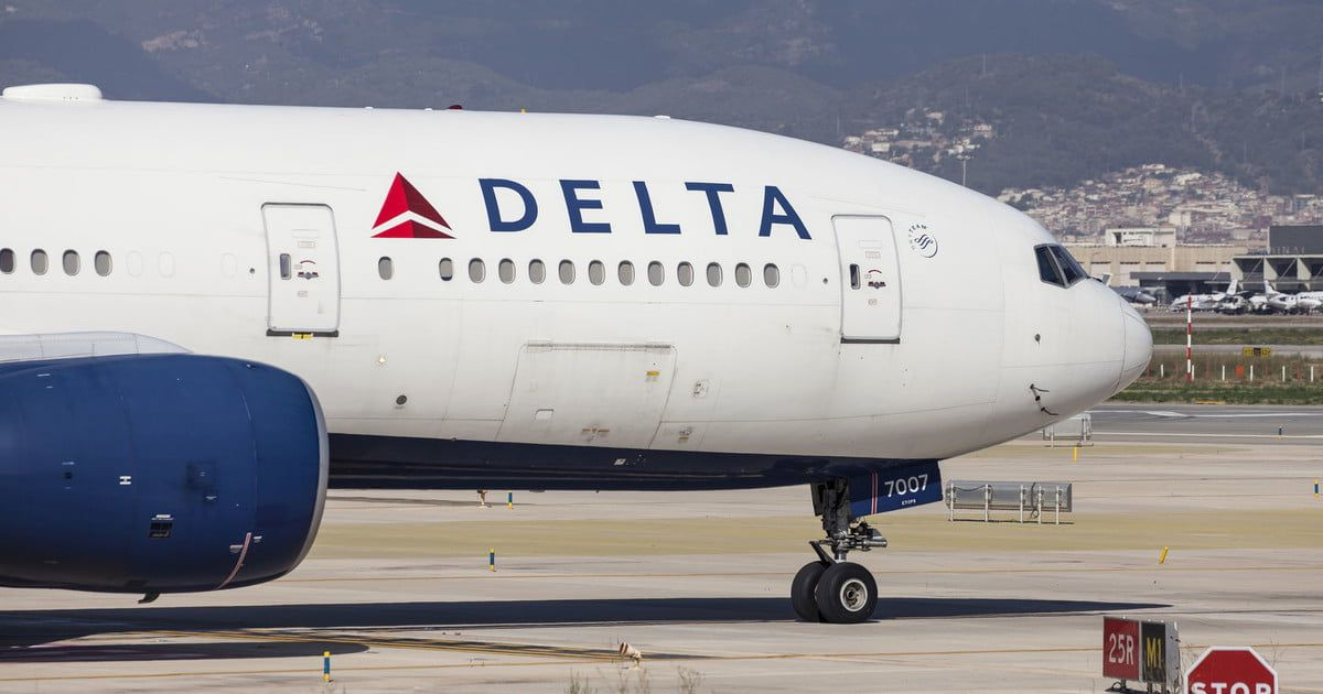 Delta air lines technology issue grounds its aircraft