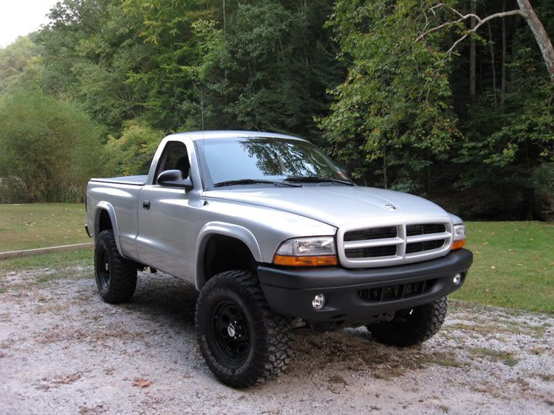 Ef E F Ab Cdf on 2003 Dodge Dakota Silver