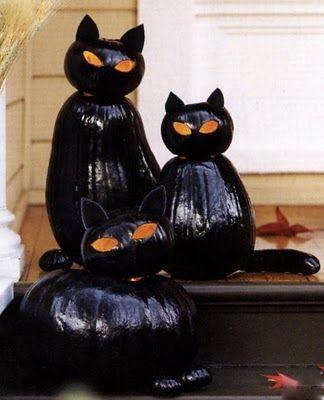 Halloween Cats Made Painted Pumpkins