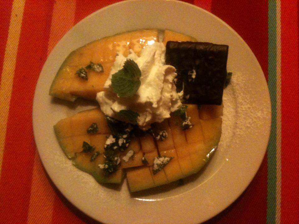 Ook lekker; mango, slagroom en chocolade mmmmm