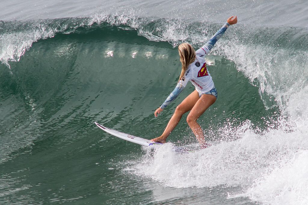Young Pro Girl Surfing With Images Surf Girls Surfing Surfer