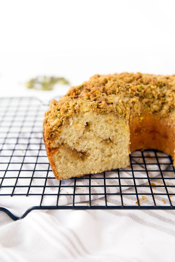 A Perfect Weekend Treat This Ed Cardamom Pistachio Coffee Cake Absolutely Melts In Your Mouth