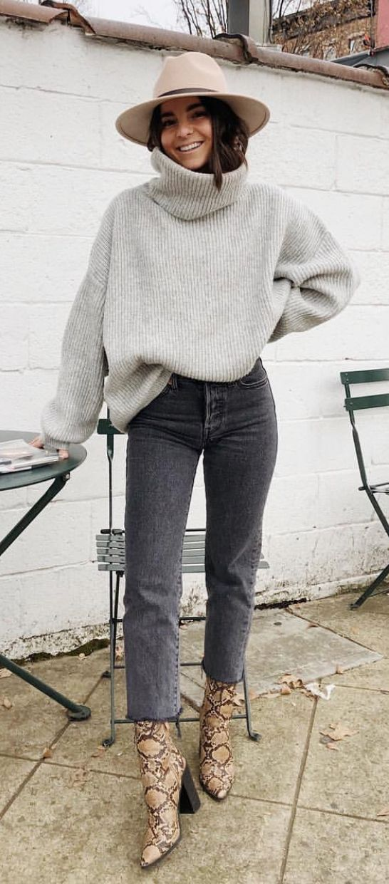 12 Affordable Winter Blogger Style Outfits to Copy Now!
