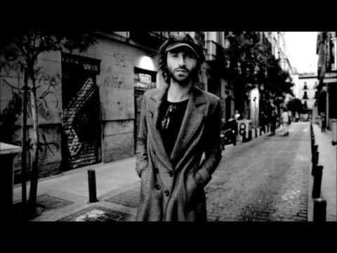 Leiva - Te comería a versos - YouTube