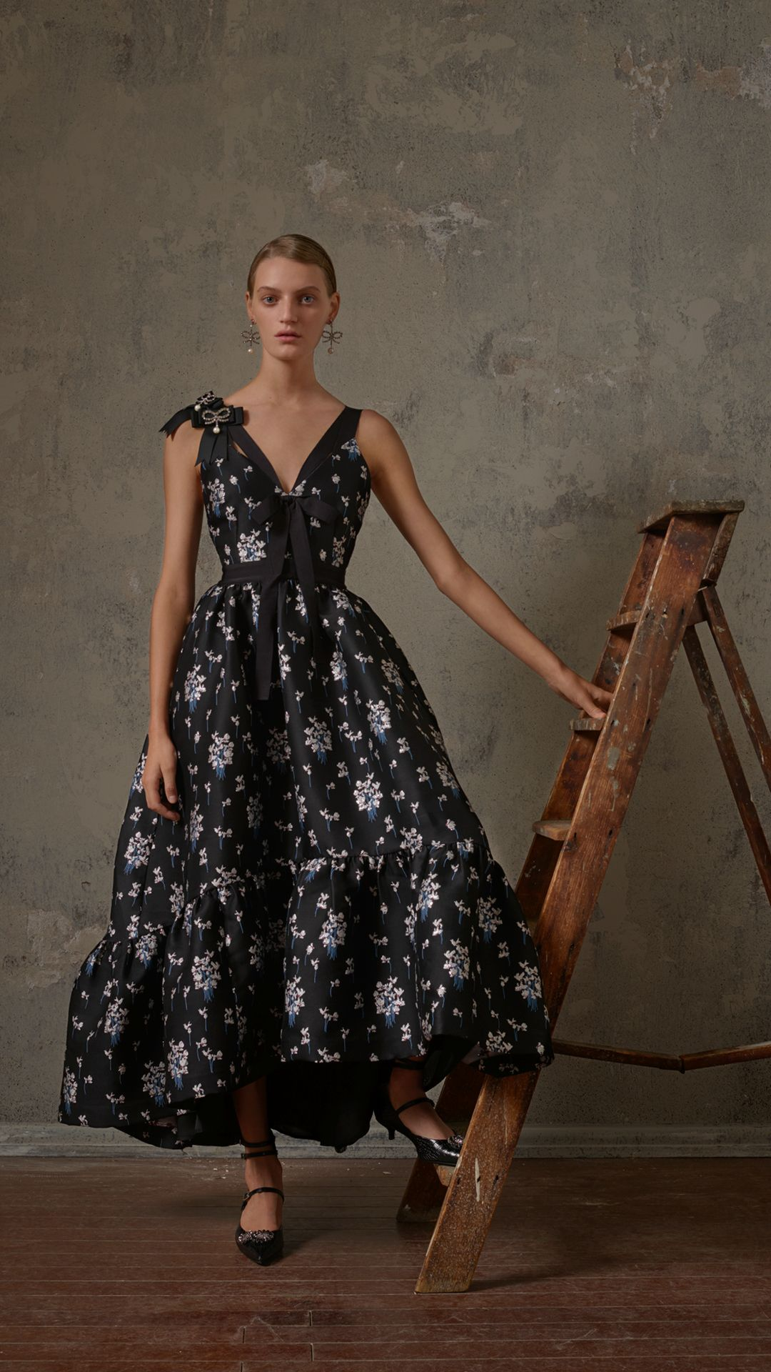 75b73e894fc16 Deeply coloured prints, decadent lace and sweeping dresses, discover ERDEM's  signature aesthetics in the ERDEMxHM collection. Launching in selected  stores ...