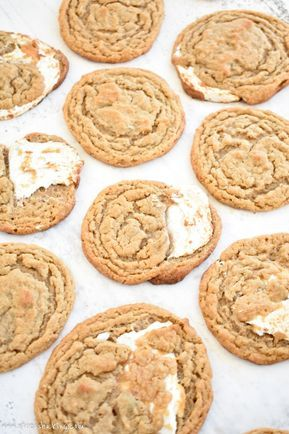 Fluffernutter Cookies (Peanut Butter & Fluff) #marshmallowfluffrecipes
