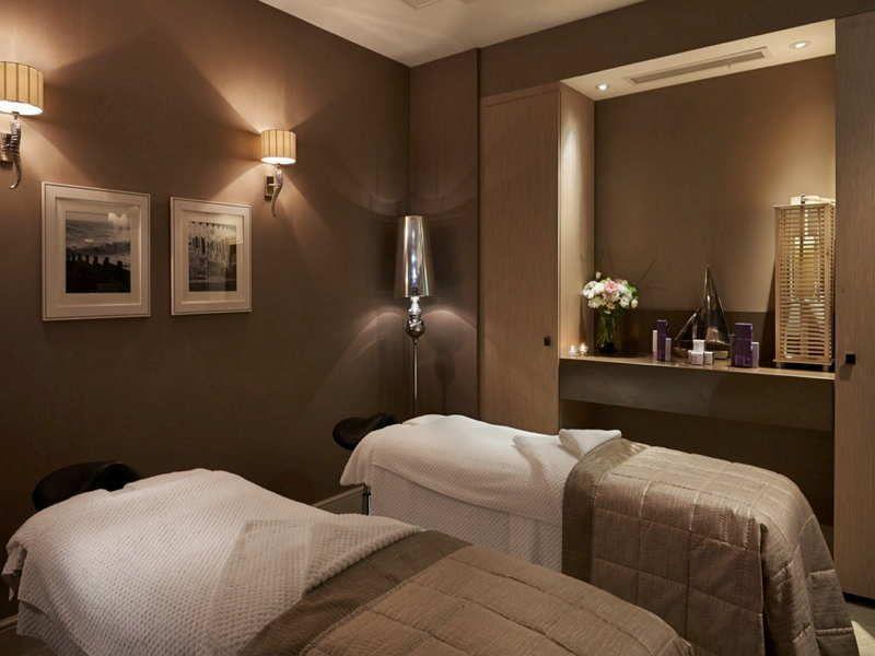 spa treatment room interior design with warm color   Spas ...