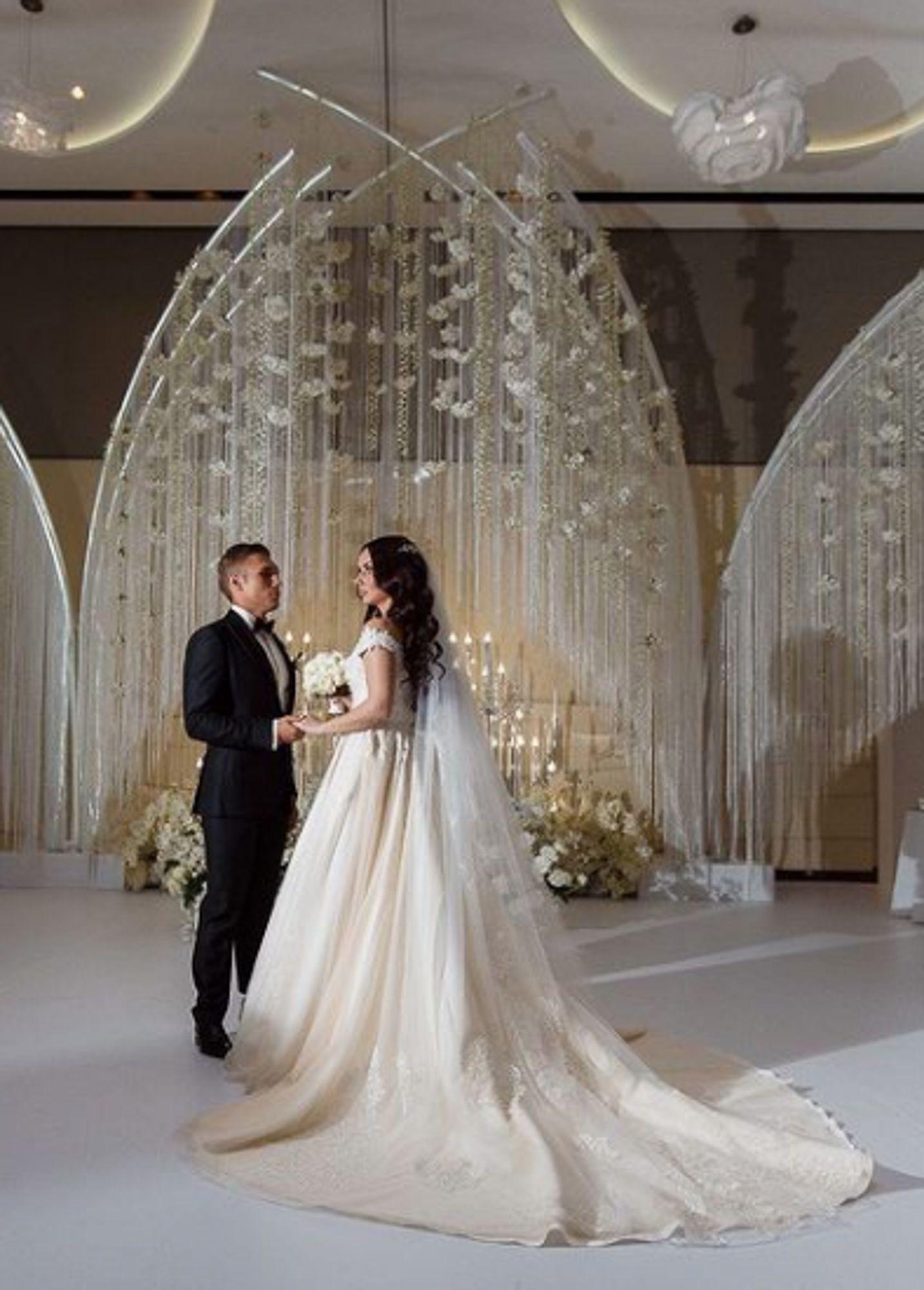 Wedding Planner Bogotá Lo Que Debes Saber Del Organizador De Eventos Encaje Para Trajes De Boda Boda Matrimonio