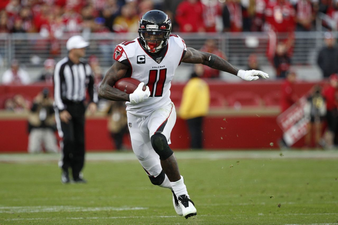 Julio Jones Barely Gets Over Goal Line And Falcons Get Huge Upset Over 49ers Julio Jones Nfl Playoff Picture Nfc South