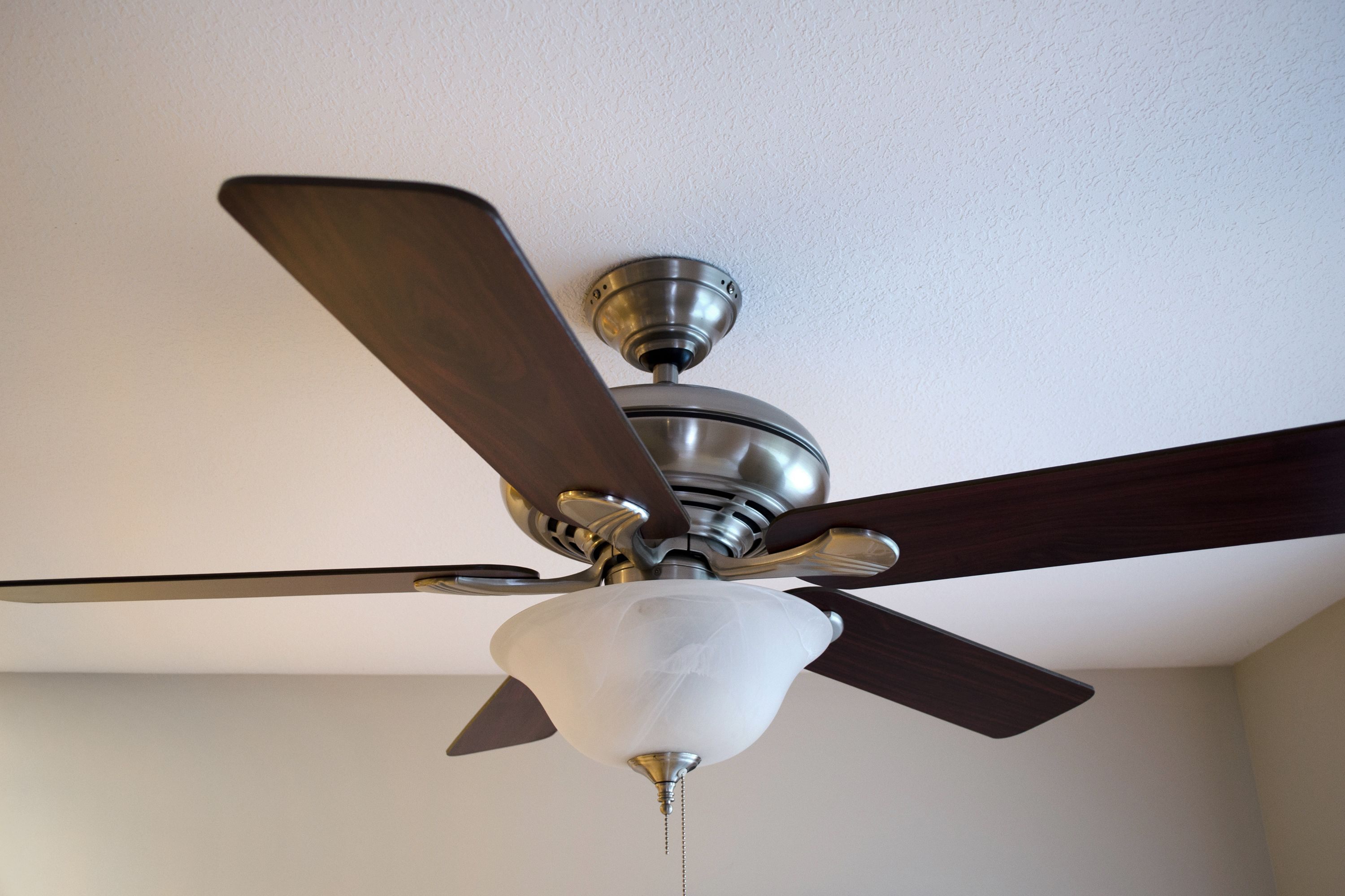 How to fix a clicking ceiling fan