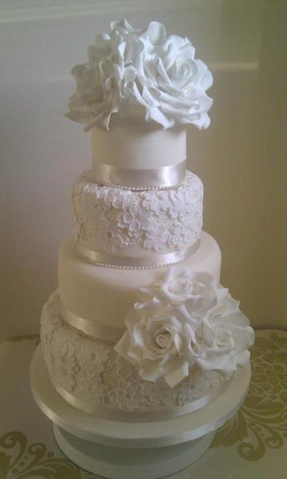 White Blossom Lace Wedding Cake I D Leave Only The Flower On Second