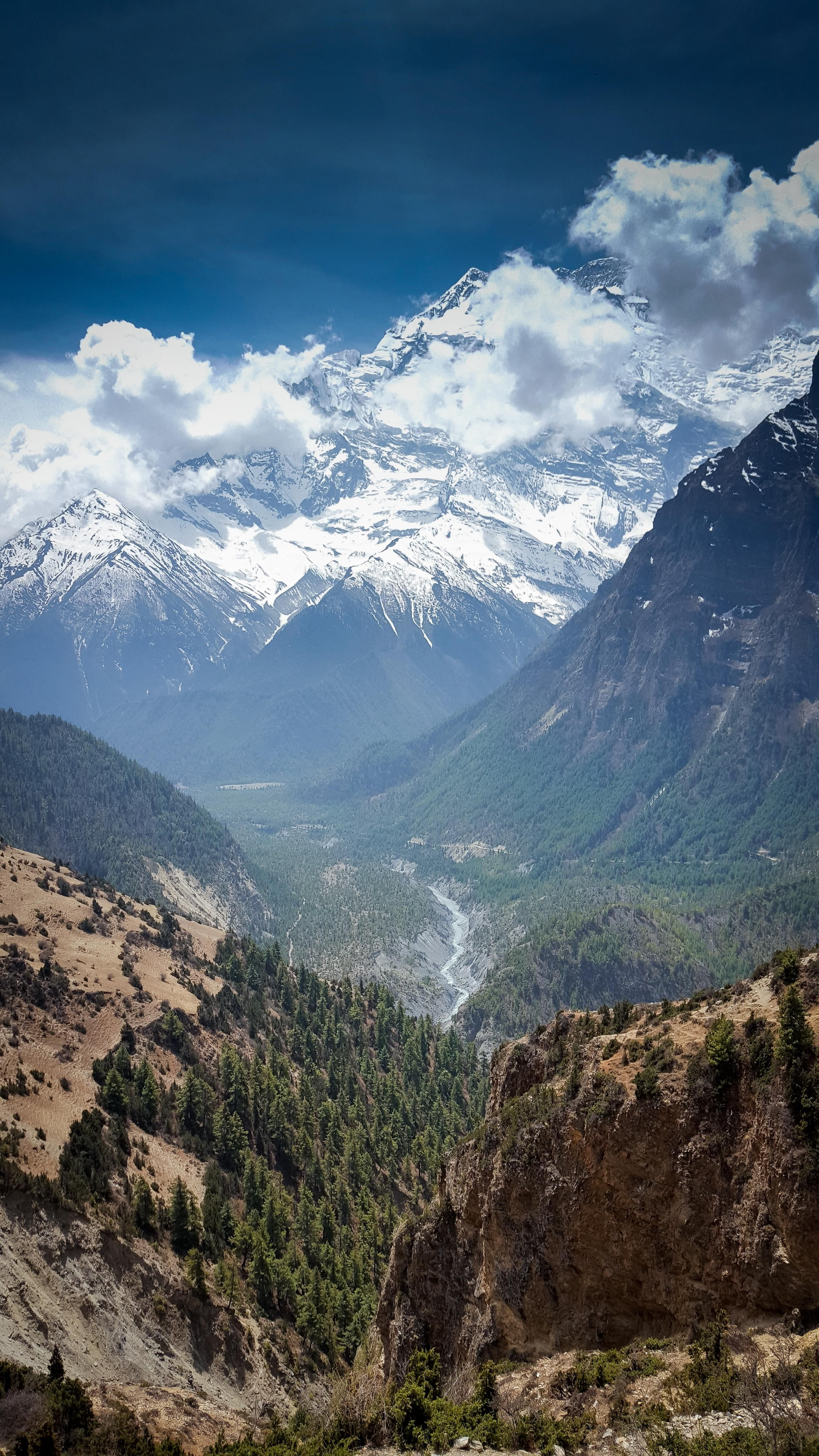 Valley In The Annapurna Mountain Range Nepal Oc 2988x5312 Landscapes Nature Beau Mountain Landscape Photography Mountain Landscape Mountain Photography