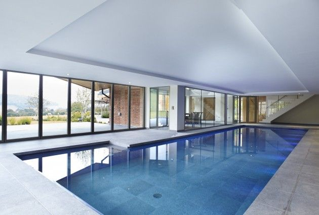 Indoor pool buckinghamshire swimming pool piscinas arquitetura albercas for Swimming pools buckinghamshire