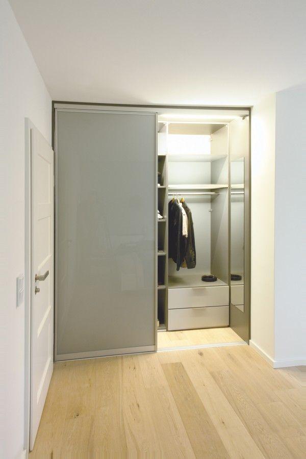 Individuelle und maßgefertigte Kleiderschränke von ip20 - ip20 ...