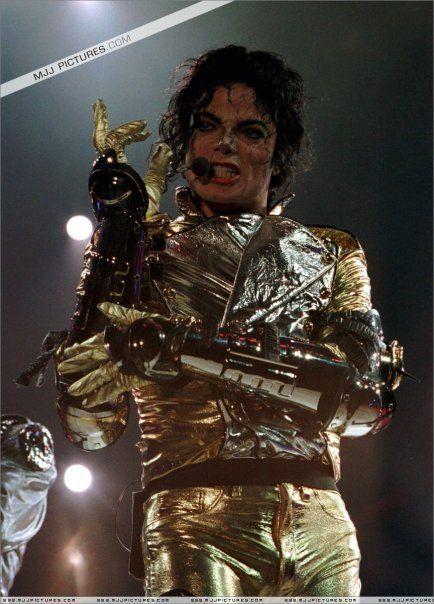 Pin On El Look De Michael Jackson