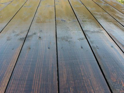 We Can Bring A Old Looking Deck Like This Back To Life Staining