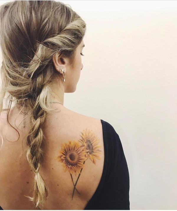 15 The Perfect Sunflower Tattoo On The Shoulder Blade Tatuajes