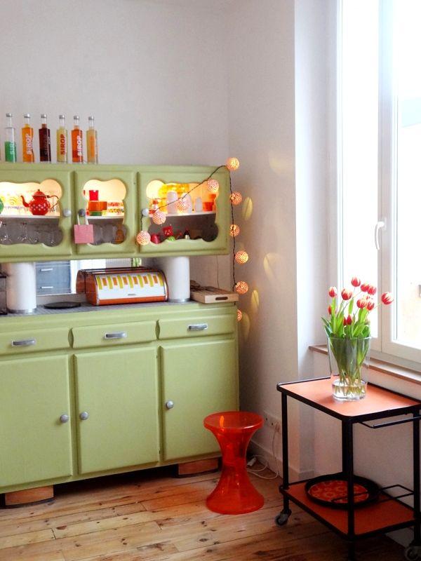 Une Salle A Manger Retro Et Coloree Chez Pauline