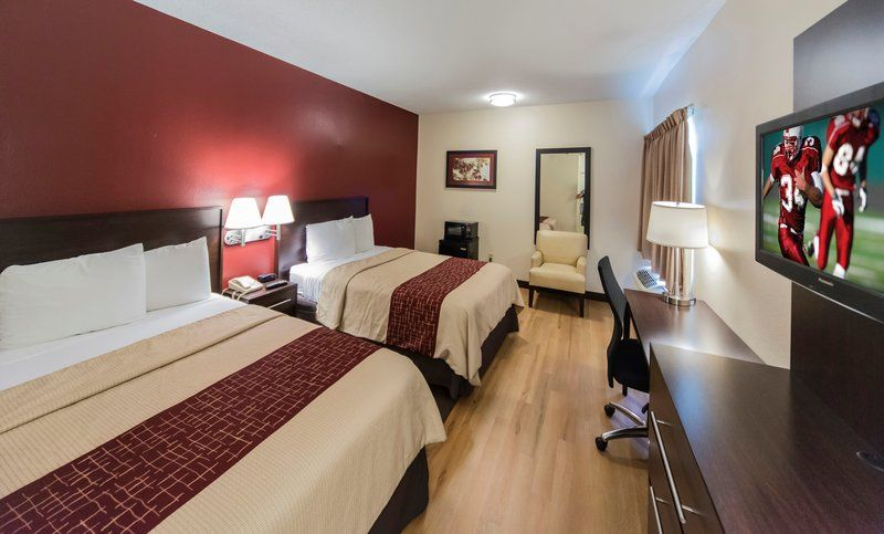 Cheap Pet Friendly Hotels In Raleigh Nc With Images Suite Room Hotel Red Roof Raleigh Hotels