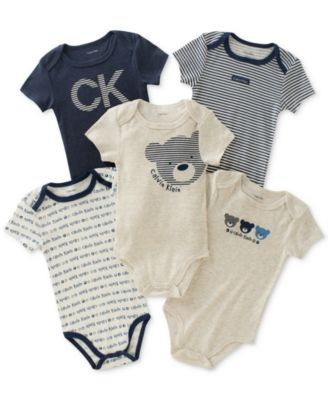 Calvin Klein 5 Pk Bears Bodysuits Baby Boys 0 24 Months Baby Bodysuits Boy Fashionable Baby Clothes Baby Boy Outfits