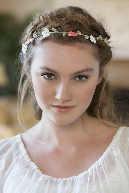 Free Pattern - Elegant Floral Headband   Häkeln ideen, Häkeln und ...