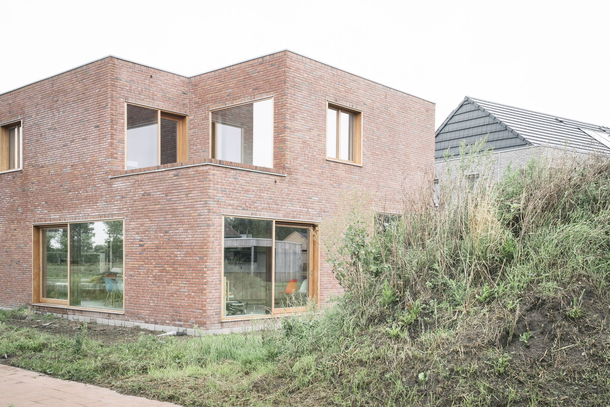 Image 1 of 15 from gallery of House CM / Bultynck Kindt architecten. Photograph by studiowunderkammer.be