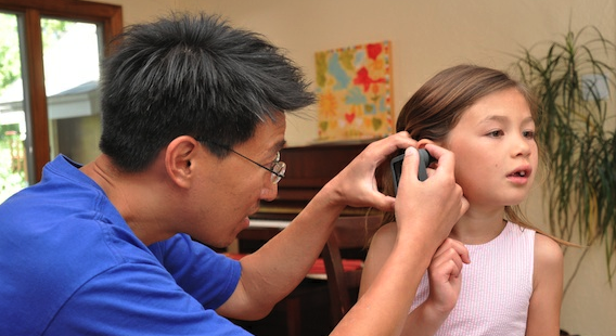 CellScope: Diagnosing Ear Infections With Your iPhone | ZAGGblog
