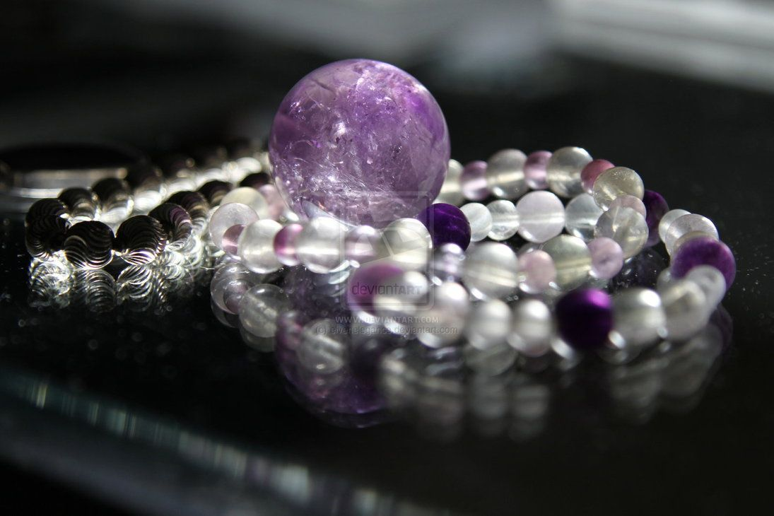 Mysterious light through gemstones and bracelets!