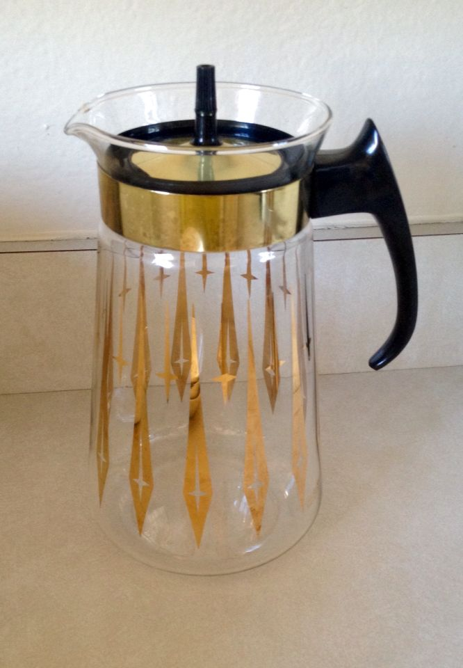 Vintage Pyrex coffee pot. Found at thrift store for $3. MCM