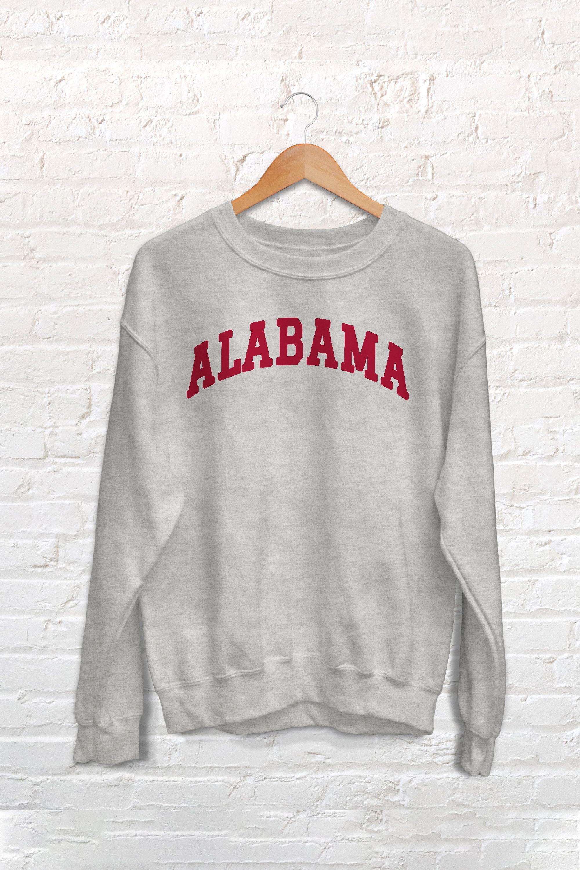 Alabama College Sweatshirt In 2020 Sweatshirts Crew Neck Sweatshirt University Outfit [ 3000 x 2000 Pixel ]