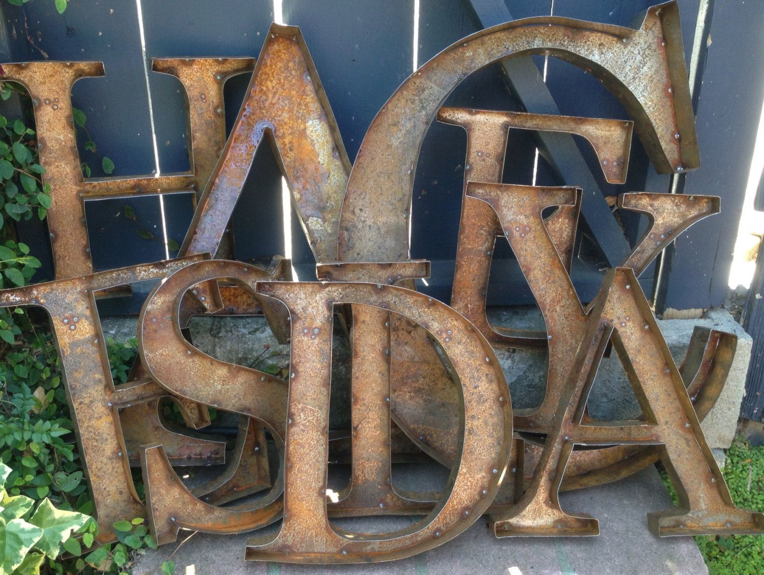 Rustic Metal Letters And Numbers Beauteous Az 24 Lettres Métal Rustique Des Nombres & Par Tulipsntoadstools Decorating Inspiration