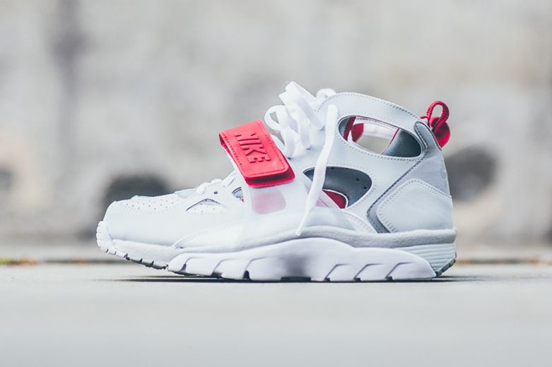 Nike Huarache White Red
