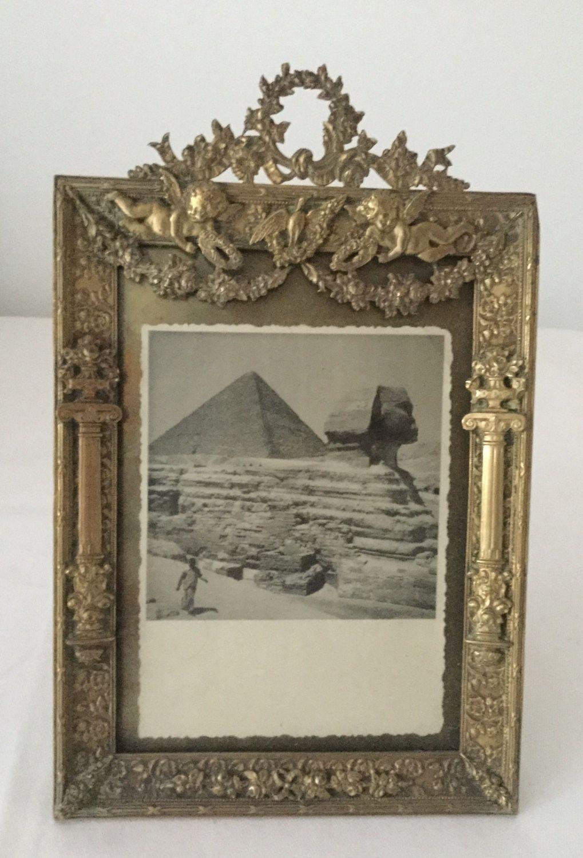 Antique bronze frame with angels 19th century de la boutique VintagedeFrance sur Etsy