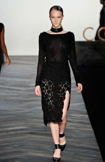 Cori - all black
