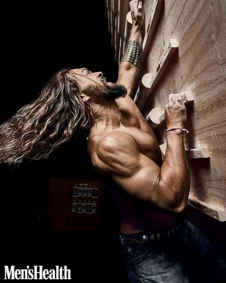 "Hot sexy body #jasonmomoa  #aquaman…"""