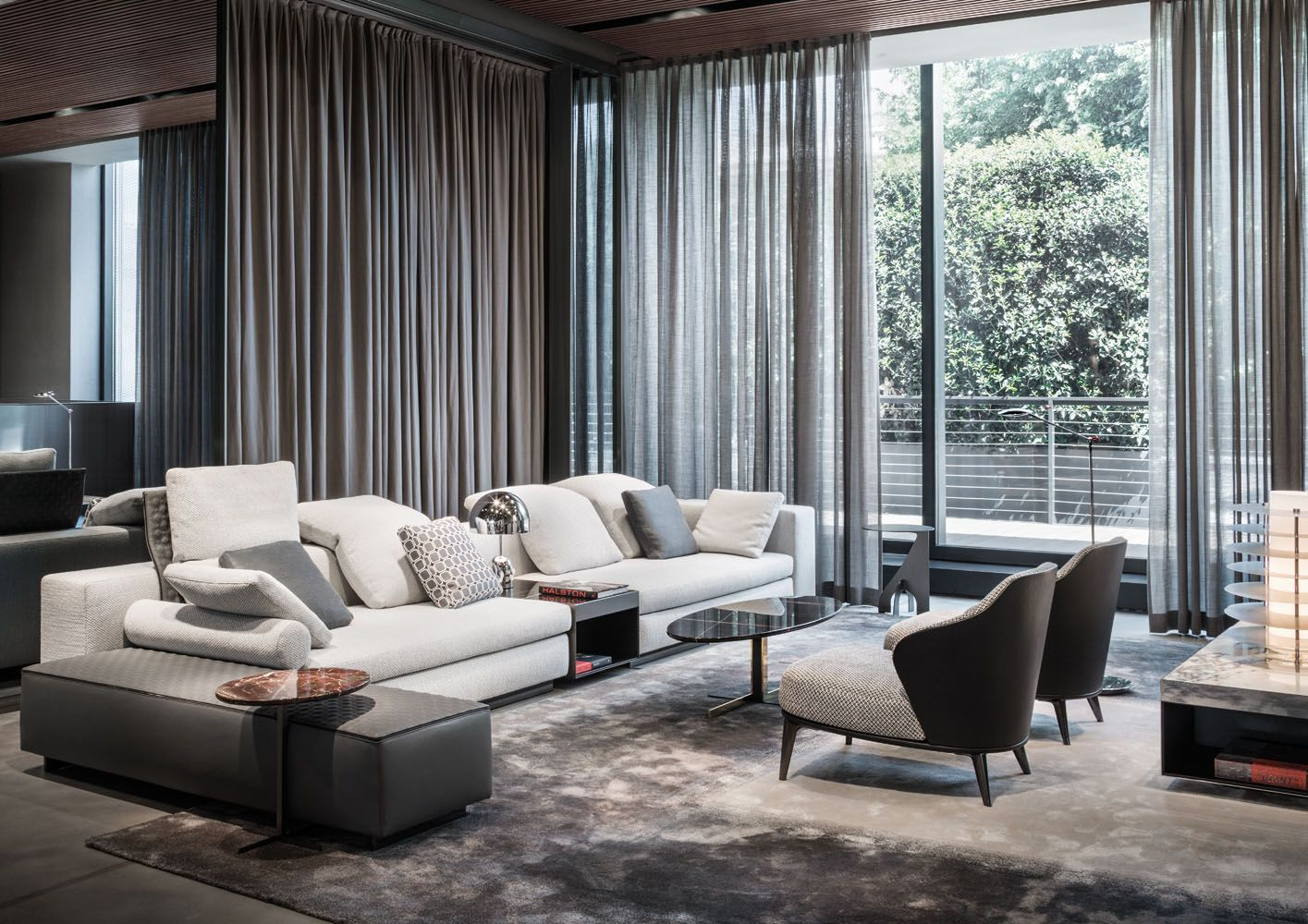Yang seating system and leslie armchairs rodolfo dordoni - Meubles minotti ...