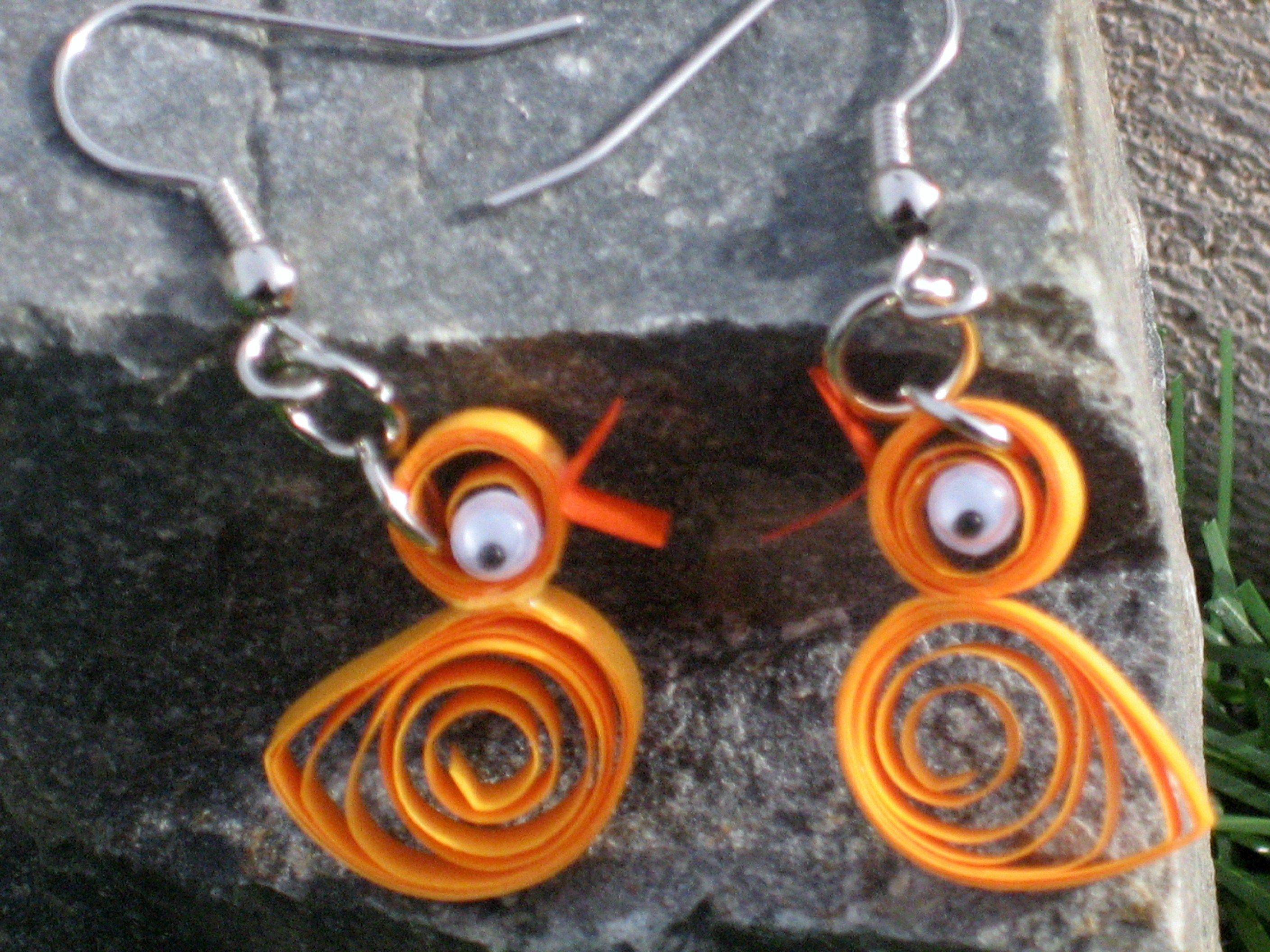 Paper jewelery: New Years quilling