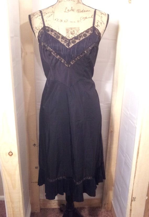 97a2727588e SALE Vintage Full Slip Black Dress Lace 1950s Nightgown Barbizon Vintage  Nylon Lingerie Mid Century 1960s Mad Men Pin Up PERFECT CONDITION!