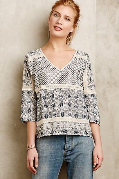 If this hit me at just the right place on my hips it would be great. Too high or too low: Total disaster of frump and plump. Quincy Top #anthropologie