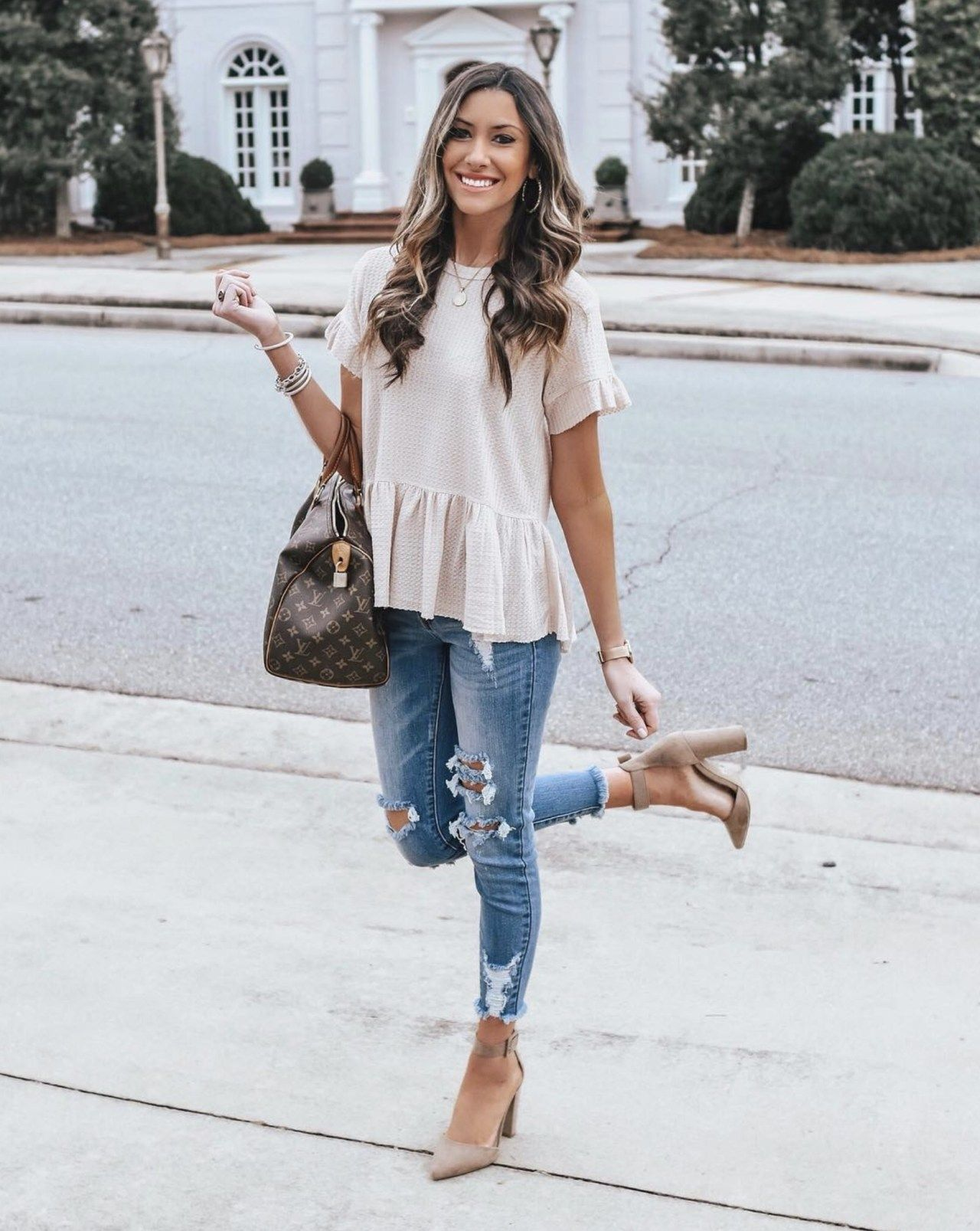 Most Stylish Spring Women Outfits Ideas 7 7 - looksglam.com