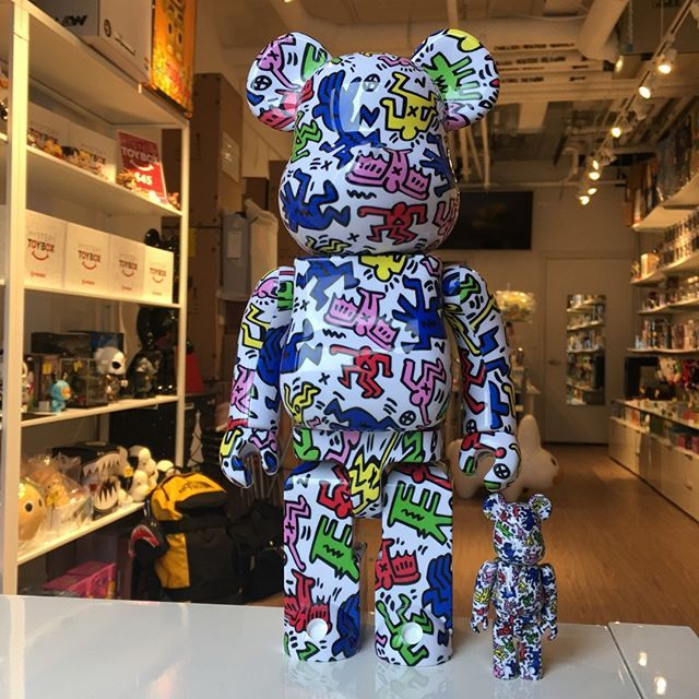 """6940e5a8 Mindzai on Instagram: """"Keith Haring 100% + 400% Bearbrick Set is sold out.  Remember to Pre-order your Bearbricks to secure your toys. #mindzai  #keithharing…"""
