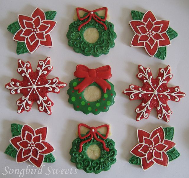 Pictures Of Decorated Christmas Sugar Cookies: Poinsettias, Wreaths & Snowflakes