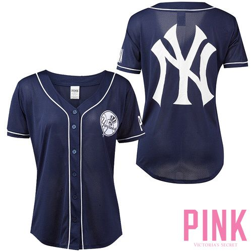 Pin By Taryn Wiggins On Yankees Spring Summer Dreams New York Yankees Apparel Yankees Outfit New York Yankees Shirt