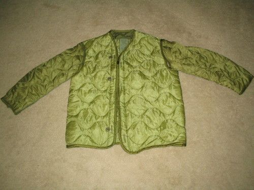 7d916961ed78c $30.00 U.S. MILITARY ISSUE WOODLAND CAMO LINER COLD WEATHER COAT SMALL NSN  8415-00-782-2887