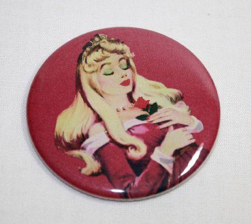 SLEEPING-BEAUTY-PIN-BUTTON-Disney-Classic-Movie-Record-Art-Pinback