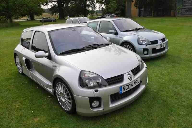 Titanium Silver Clio V6 255 Clio Renault Suv