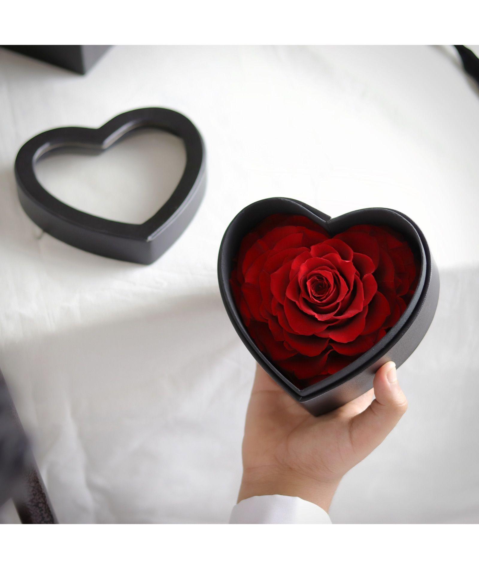 وردة أبدية قلب احمر Heart Ring Heart Jewelry